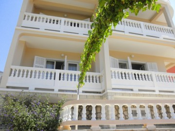 P6110307 360x270 - Apartments Viola, Rab