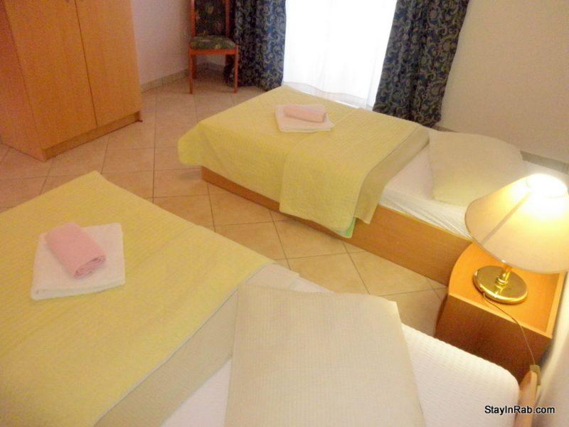 stayinrab apartmentsmatija xl1 23 800x600 - Apartments Matija