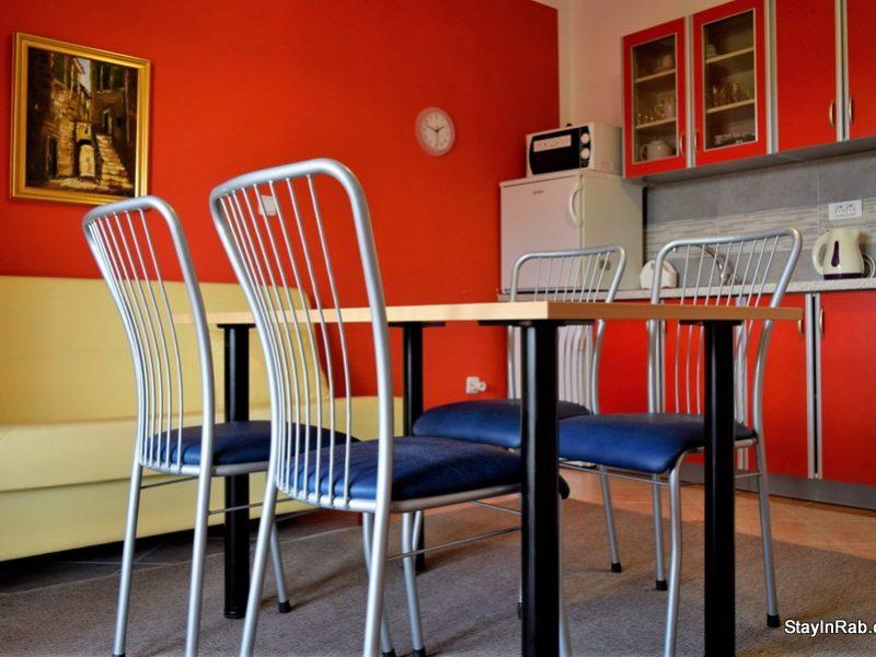 stayinrab apartmentsmatija xl2 1 800x600 - Apartments Matija