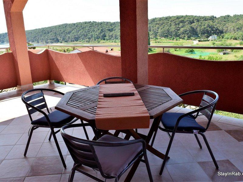 stayinrab apartmentsmatija xl2 7 800x600 - Apartments Matija