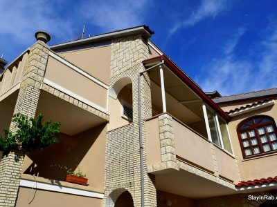 stayinrab housezora ap6 14 1 400x300 - House Zora